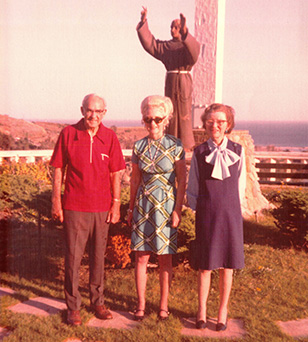 St. Francis Center's founders (from left to right: Fr. Hugh Noonan, Helen Payne, and Juanita Vaughn).